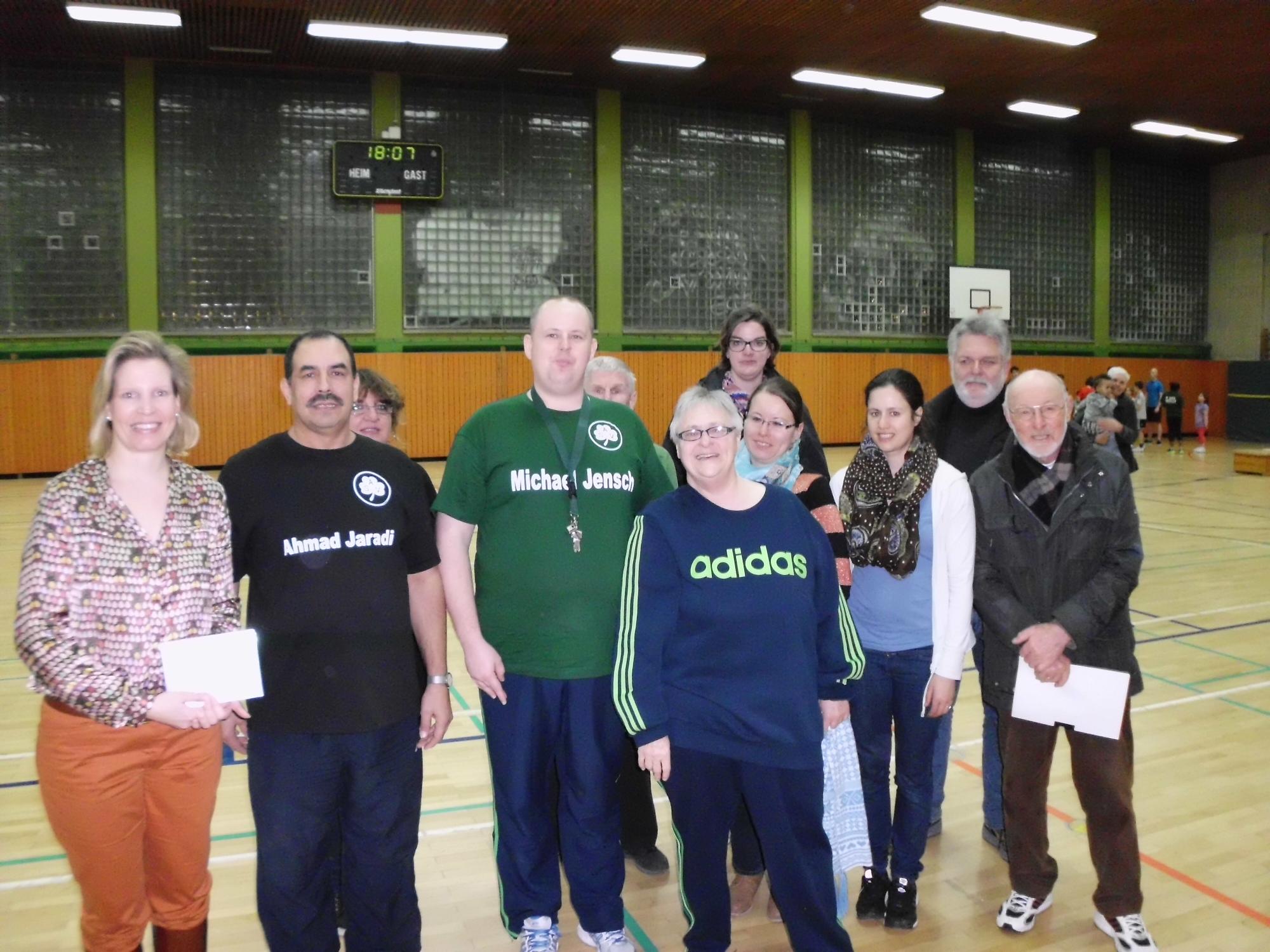 Birga Köhler (ganz links) mit den Vertretern des ASV Berlin e.V.