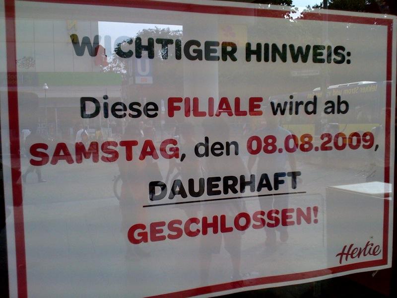 Am 8. August schloss die Hertie-Filiale in der Turmstraße.