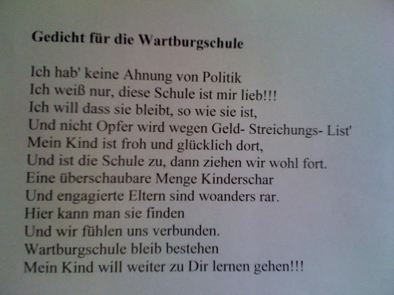 Protest-Gedicht am Eingang der Wartburg-Schule
